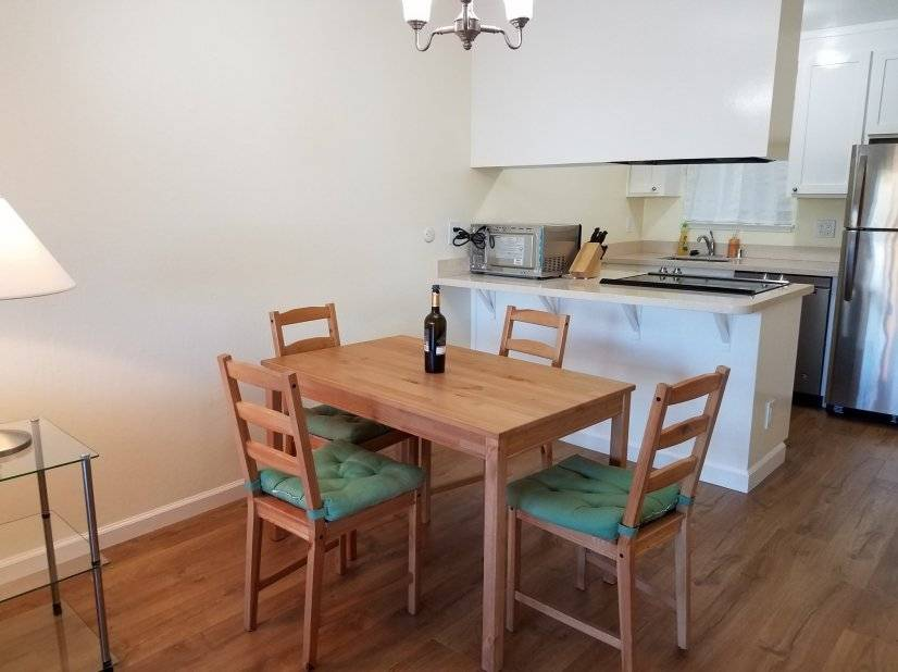 image 2 furnished 2 bedroom Townhouse for rent in Alameda, Alameda County
