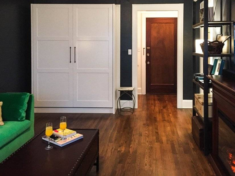 Custom murphy bed: easy to open/close for a tidy space