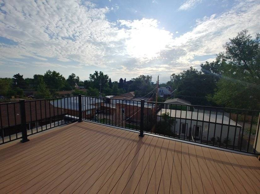 Roof Deck Looking East