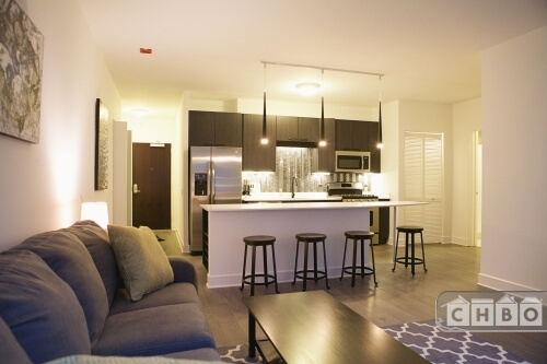Open Concept 1 BR-Large Kitchen Island!!