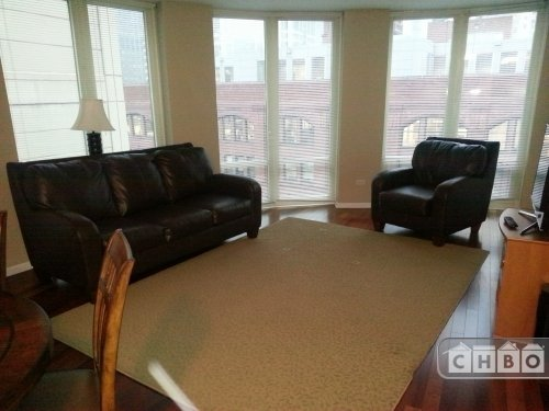 image 1 furnished 2 bedroom Townhouse for rent in Near North, Downtown
