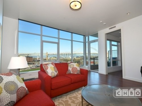Furnished Luxury Pearl District Condo