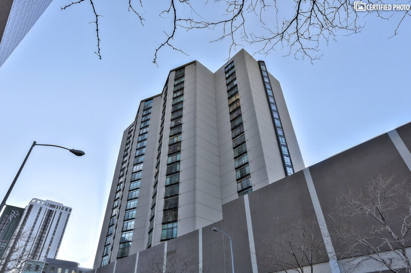 Best Address Downtown, The Windsor Condominiums