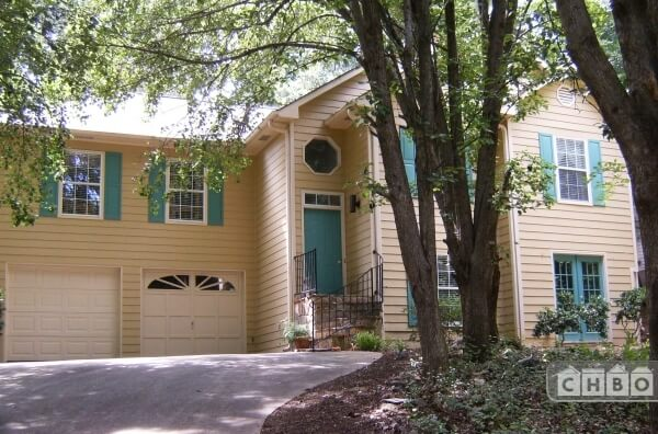 Furnished Lakeside House Atlanta GA