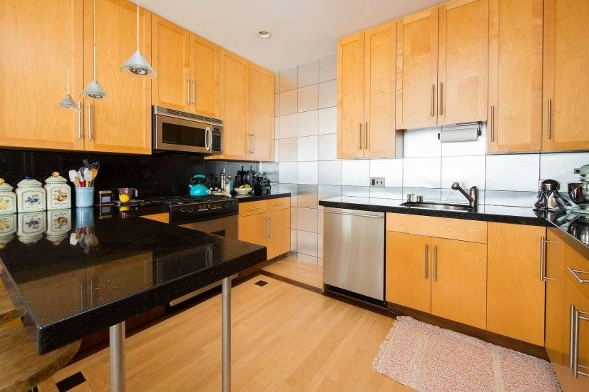 image 4 furnished 3 bedroom Townhouse for rent in Marina District, San Francisco