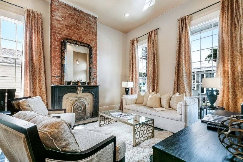 $6000 2 Garden District, New Orleans Area