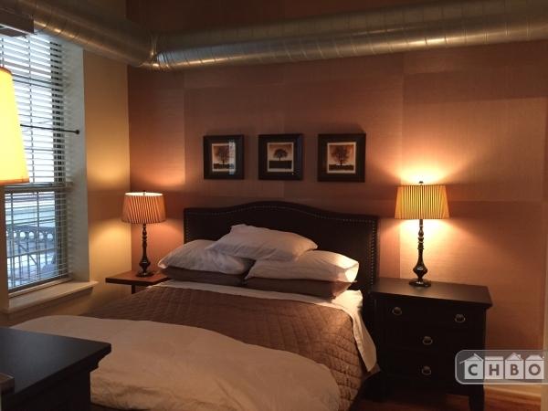 image 1 furnished 1 bedroom Townhouse for rent in Bridgeport, South Side