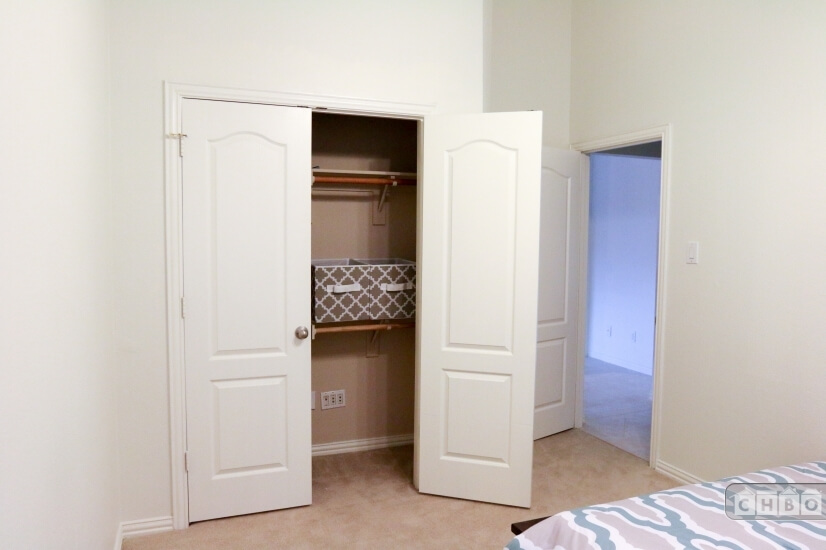 2nd Bedroom double door closet