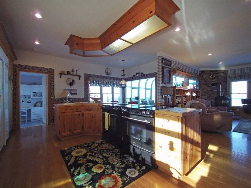 image 7 furnished 4 bedroom House for rent in Sequim, West WA