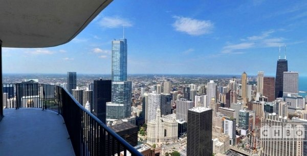 $3300 1 Loop Downtown, Chicago