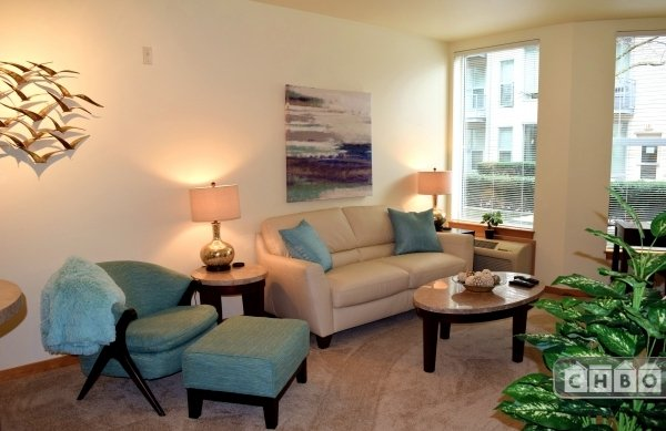 $2340 1 Portland Northeast, Portland Area