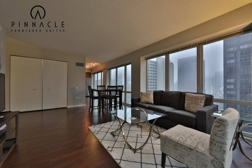 $7500 2 Loop Downtown, Chicago
