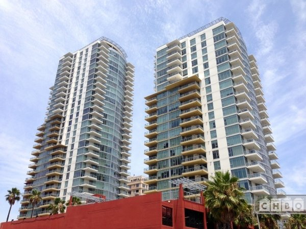 Shared Luxury Condo Downtown Long Beach