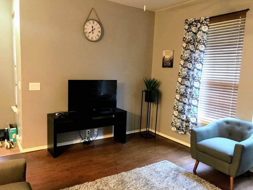 image 4 furnished 3 bedroom Townhouse for rent in Grand Prairie, Ellis County