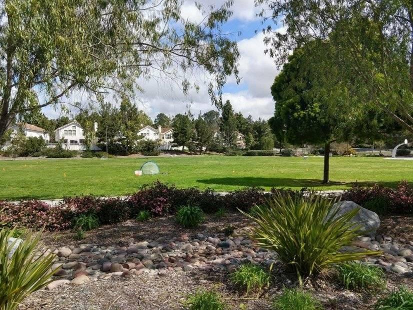 Carmel Knolls Neighborhood Park