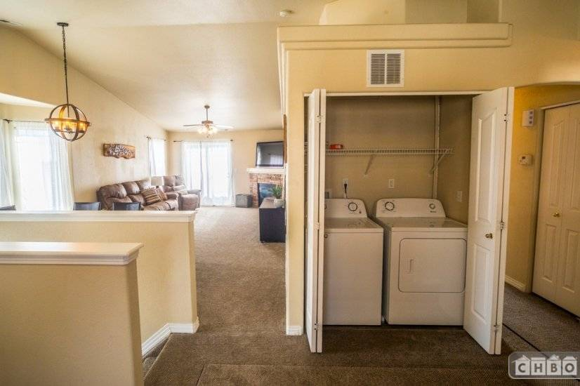 image 5 furnished 2 bedroom Townhouse for rent in Divine Redeemer, Colorado Springs