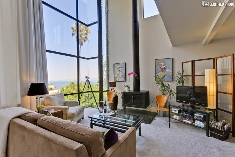 Elegant Executive Flat on Telegraph Hill