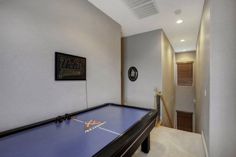 Hallway shuffle board ( could be removed for 2nd desk)