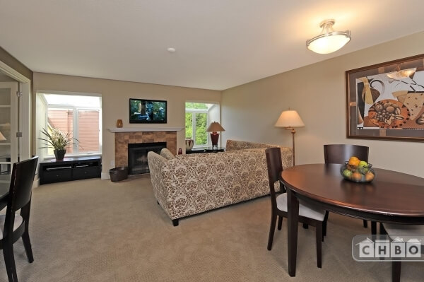image 2 furnished 2 bedroom Townhouse for rent in Redmond, Seattle Area