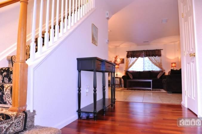 image 6 furnished 3 bedroom House for rent in Gateway, Denver Northeast
