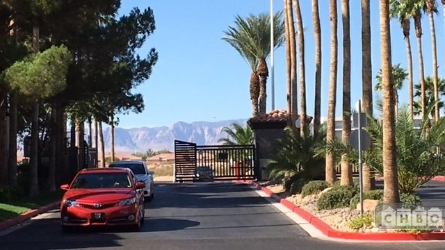 Guarded gate - Fully Furnished 2 bd corporate rental