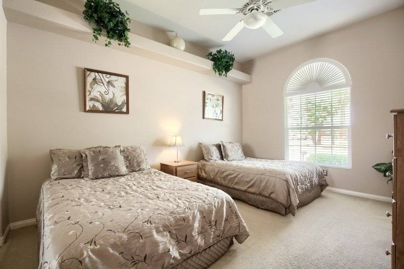 3rd bedroom with two full beds