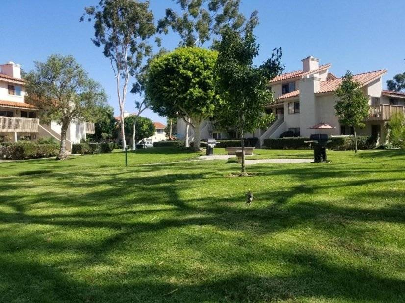 image 13 furnished 1 bedroom Townhouse for rent in Huntington Beach, Orange County