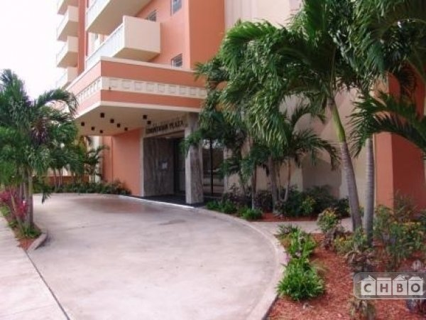 image 2 furnished 1 bedroom Apartment for rent in Coral Gables, Miami Area