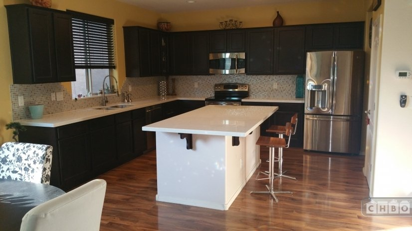Open Concept ALL Upgraded Kitchen