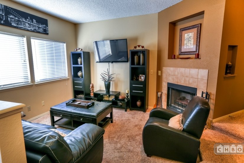 image 1 furnished 2 bedroom Townhouse for rent in Englewood, Arapahoe County