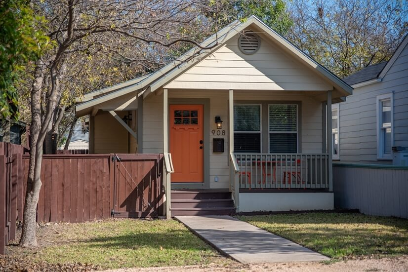 Central Austin Small House in Great Area