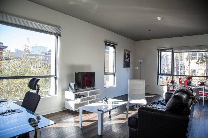 2 bedroom Park West