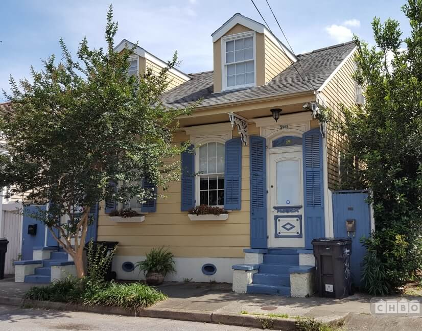 Remodeled Vintage 1840s Creole Cottage