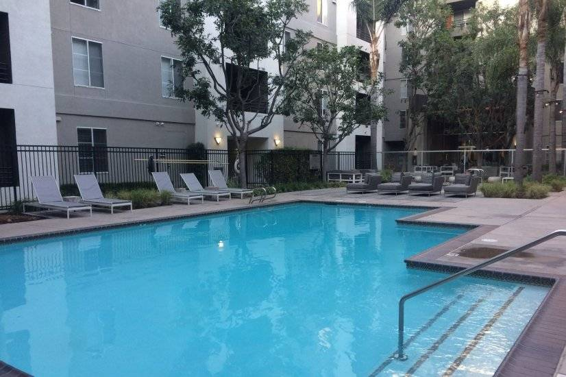Hotel Style Furnished Suites in LA Beach