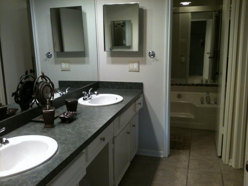 Master bathroom with double vanities, 2 walk-in closets