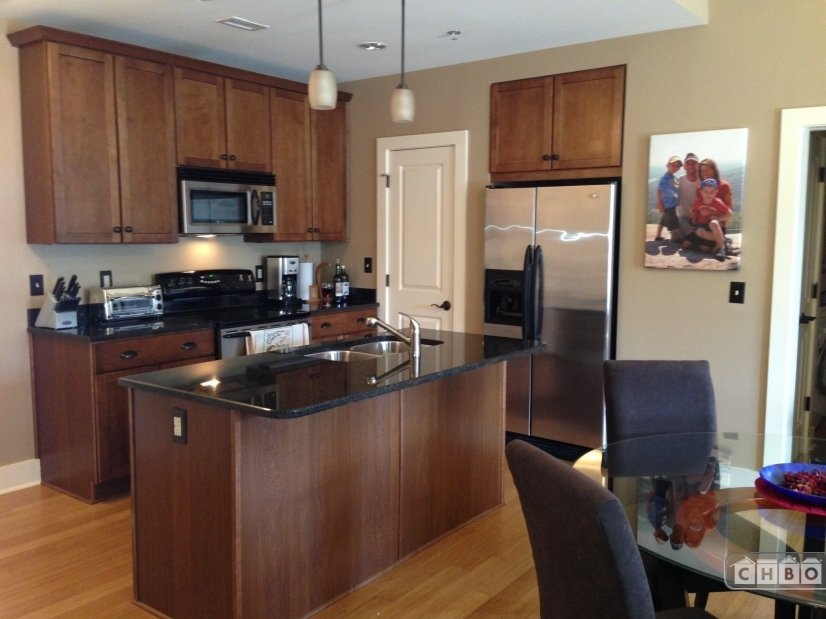 Downtown Asheville Furnished 2 Bed Condo