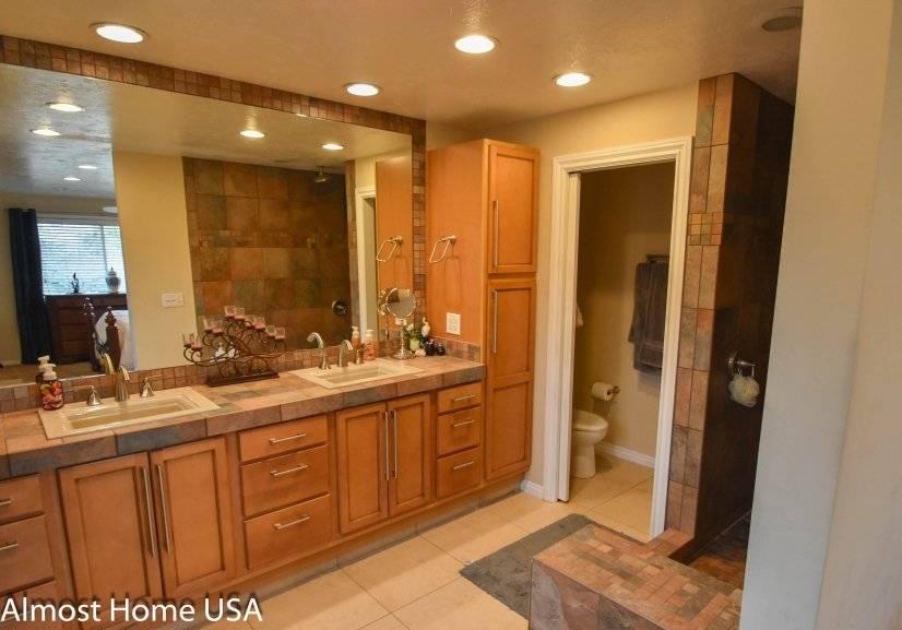 image 11 furnished 3 bedroom House for rent in West Jordan, Salt Lake County