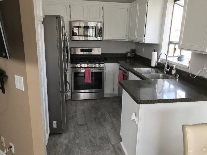 Furnished Condo in Santa Clarita