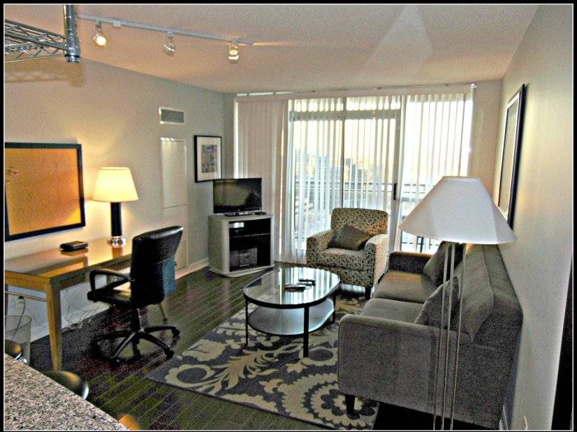 Fully furnished 1br condo at north york