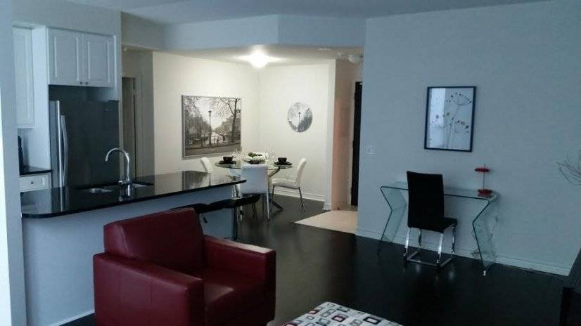 Luxurious 2br Condo at 300 Front Street