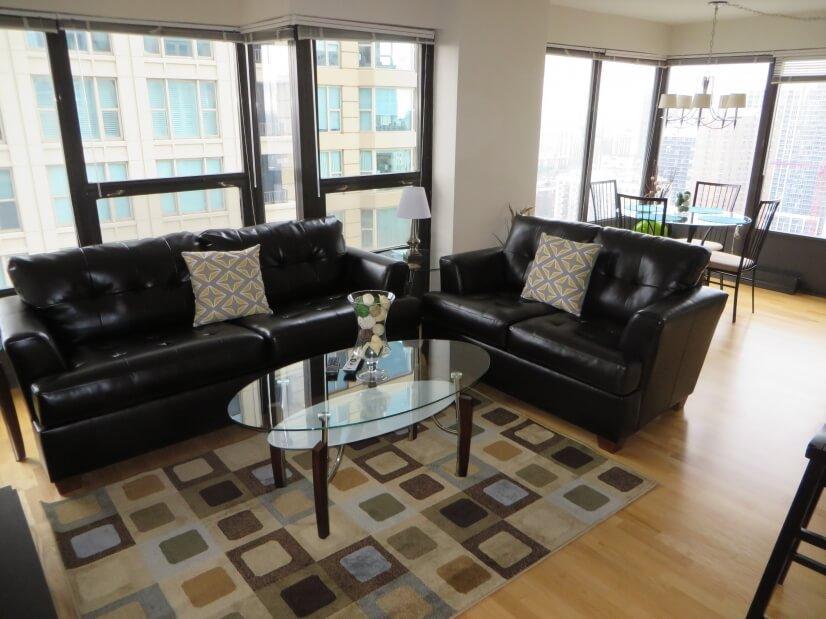Exclusive Suites 2 BED 30 E. Huron -2907