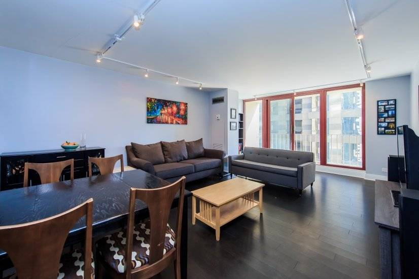 Living Room Fully furnished Chicago corporate rental