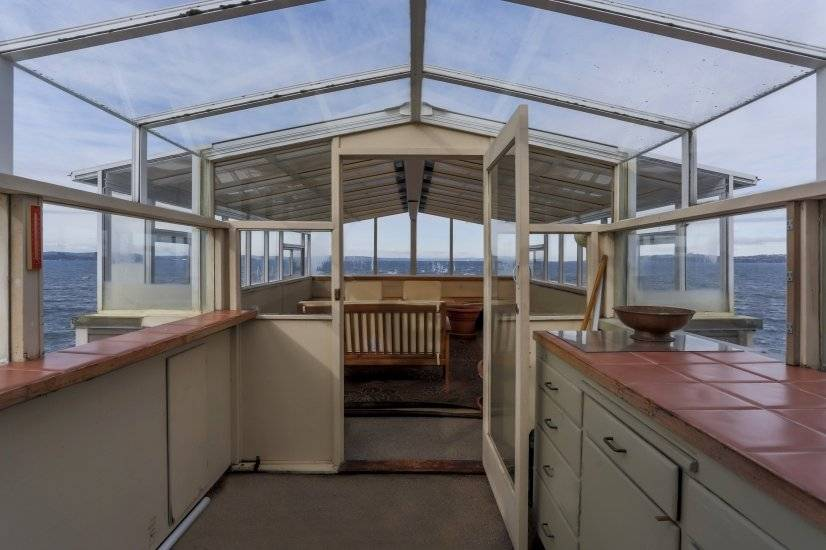 Amazing Waterfront Condo - West Seattle