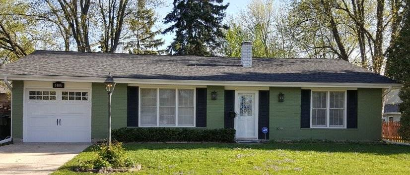Well maintained 3 Bedroom House with Garage
