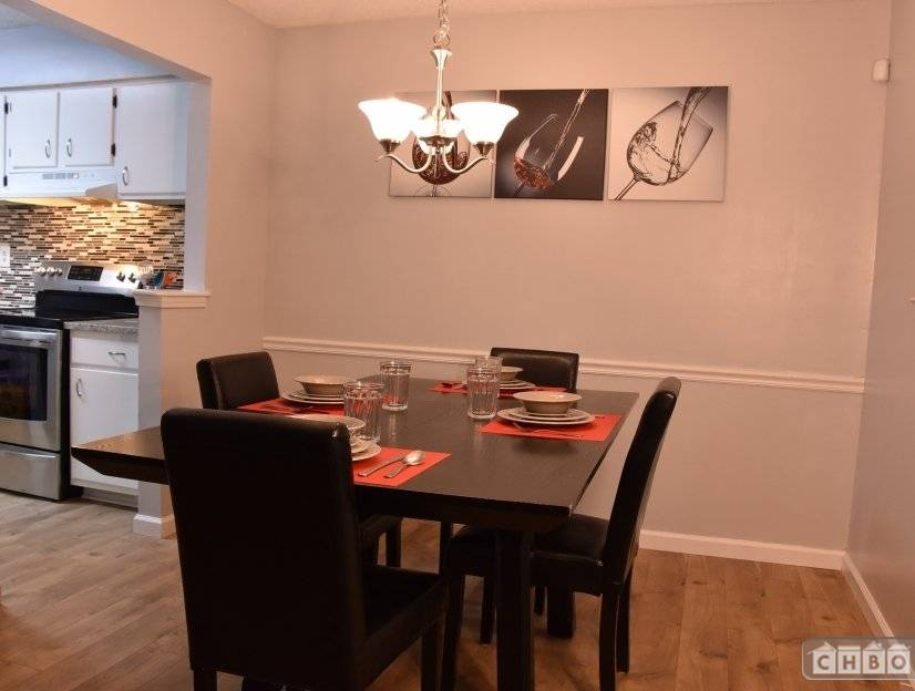 image 1 furnished 3 bedroom Townhouse for rent in Sandy Springs, Fulton County