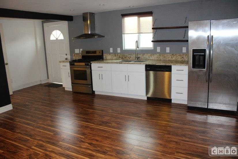 Click to view more images for  Apartment id 3367238