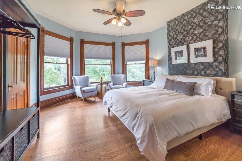 image 5 furnished 5 bedroom House for rent in Capitol Hill, Denver Central
