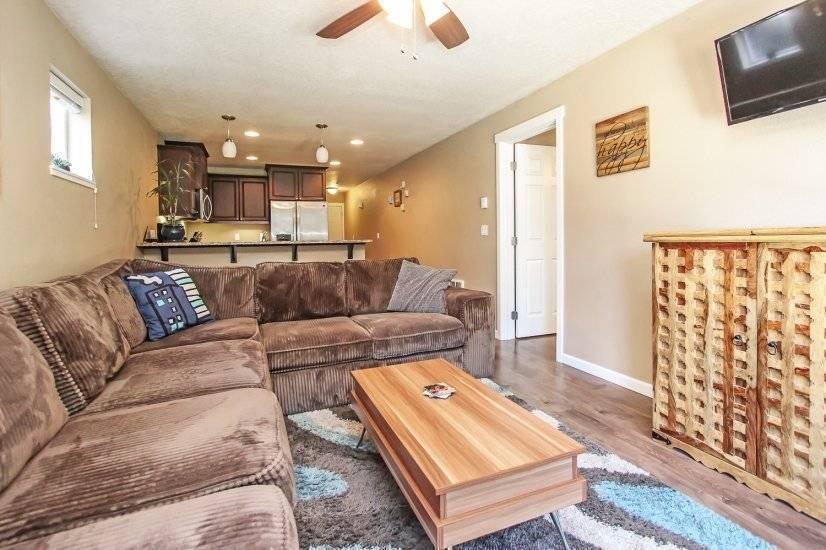 Open concept living / kitchen
