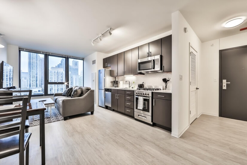 Large River North Studio-Pool/Gym
