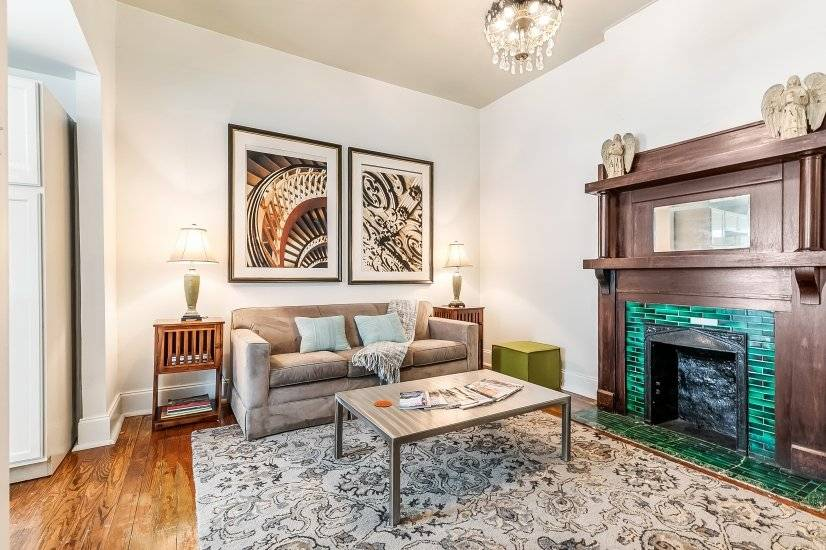 $3200 2 Garden District, New Orleans Area